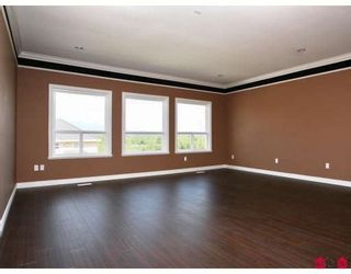 Photo 5: 17417 103B Avenue in Surrey: Fraser Heights House for sale (North Surrey)  : MLS®# F2831373