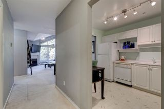 """Photo 32: 311 15272 20 Avenue in Surrey: King George Corridor Condo for sale in """"Windsor Court"""" (South Surrey White Rock)  : MLS®# R2582826"""