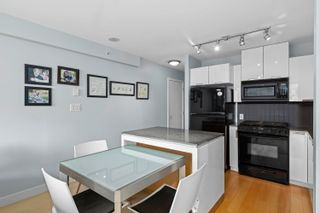 """Photo 10: 401 151 W 2ND Street in North Vancouver: Lower Lonsdale Condo for sale in """"SKY"""" : MLS®# R2615924"""