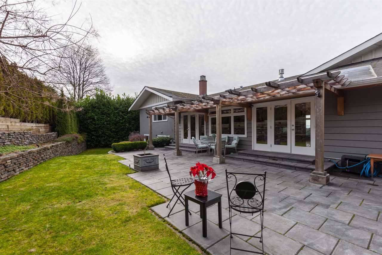 Photo 18: Photos: 4482 RUSKIN PLACE in North Vancouver: Forest Hills NV House for sale : MLS®# R2401876
