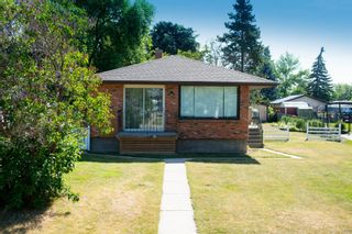Photo 3: 88 Lynnwood Drive SE in Calgary: Ogden Detached for sale : MLS®# A1123972