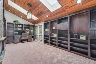 Photo 12: 309 MARINER Way in Coquitlam: Coquitlam East House for sale : MLS®# R2426449