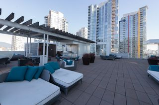 """Photo 14: 1809 161 W GEORGIA Street in Vancouver: Downtown VW Condo for sale in """"COSMO"""" (Vancouver West)  : MLS®# R2624966"""