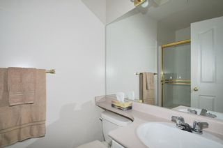 "Photo 14: 404 1618 GRANT Avenue in Port Coquitlam: Glenwood PQ Condo for sale in ""WEDGEWOOD MANOR"" : MLS®# R2356755"