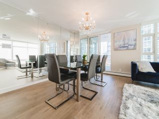 Photo 5: 706 198 AQUARIUS MEWS in Vancouver: Yaletown Condo for sale (Vancouver West)  : MLS®# R2424836