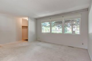 Photo 11: 3447 LANE CR SW in Calgary: Lakeview House for sale ()  : MLS®# C4270938