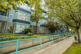 """Photo 2: 205 1966 COQUITLAM Avenue in Port Coquitlam: Glenwood PQ Condo for sale in """"Portia West"""" : MLS®# R2616411"""