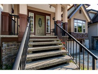 """Photo 2: 33 33925 ARAKI Court in Mission: Mission BC House for sale in """"Abbey Meadows"""" : MLS®# R2403001"""