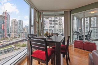 """Photo 10: 2307 583 BEACH Crescent in Vancouver: Yaletown Condo for sale in """"2 PARK WEST"""" (Vancouver West)  : MLS®# R2574813"""