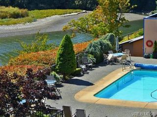 Photo 17: 312 485 Island Hwy in VICTORIA: VR Six Mile Condo for sale (View Royal)  : MLS®# 740559