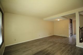 Photo 2: 38 EDGEDALE Court NW in Calgary: Edgemont Semi Detached for sale : MLS®# A1141906