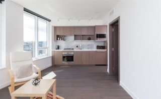 """Photo 3: 1756 38 SMITHE Street in Vancouver: Downtown VW Condo for sale in """"ONE PACIFIC"""" (Vancouver West)  : MLS®# R2106045"""