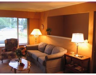Photo 3: 850 PATRICIA Avenue in Port_Coquitlam: Lincoln Park PQ 1/2 Duplex for sale (Port Coquitlam)  : MLS®# V726272