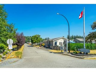 """Photo 35: 1 27111 0 Avenue in Langley: Aldergrove Langley Manufactured Home for sale in """"Pioneer Park"""" : MLS®# R2605762"""