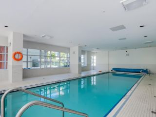 """Photo 18: 803 1211 MELVILLE Street in Vancouver: Coal Harbour Condo for sale in """"The Ritz"""" (Vancouver West)  : MLS®# R2084525"""