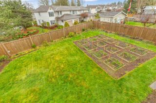 """Photo 24: 34616 CALDER Place in Abbotsford: Abbotsford East House for sale in """"McMillan"""" : MLS®# R2563991"""