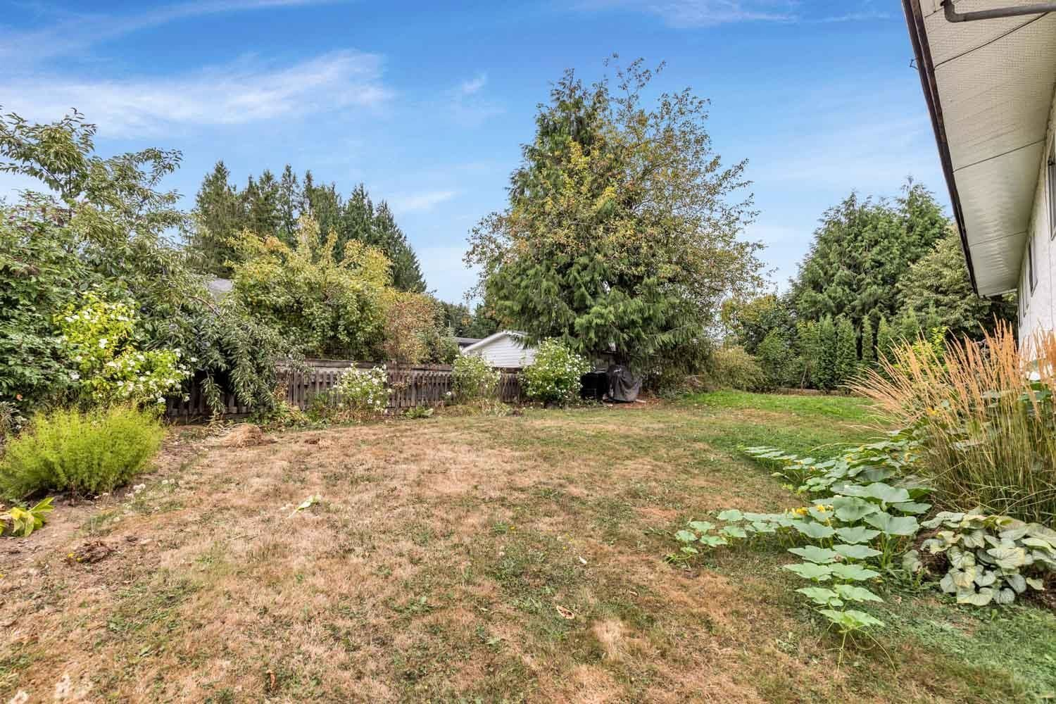 Photo 35: Photos: 2614 VALEMONT Crescent in Abbotsford: Abbotsford West House for sale : MLS®# R2611366