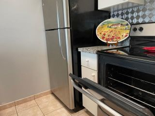 """Photo 10: 1406 1188 HOWE Street in Vancouver: Downtown VW Condo for sale in """"1188 HOWE"""" (Vancouver West)  : MLS®# R2600220"""