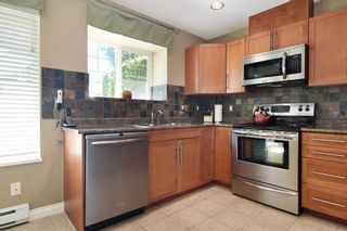 """Photo 14: 28 23085 118 Avenue in Maple Ridge: East Central Townhouse for sale in """"Sommerville"""" : MLS®# R2480989"""