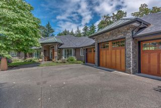 Photo 2: 2477 Prospector Way in Langford: La Florence Lake House for sale : MLS®# 844513