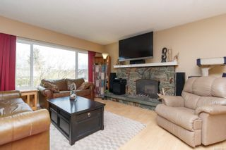 Photo 3: 2129 Malaview Ave in : Si Sidney North-East House for sale (Sidney)  : MLS®# 873421