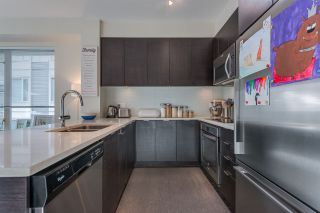 Photo 8: 411 2665 MOUNTAIN Highway in North Vancouver: Lynn Valley Condo for sale : MLS®# R2463896