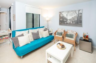 """Photo 6: 8 1863 WESBROOK Mall in Vancouver: University VW Townhouse for sale in """"ESSE"""" (Vancouver West)  : MLS®# R2329957"""