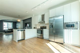 """Photo 3: 53 8438 207A Street in Langley: Willoughby Heights Townhouse for sale in """"YORK By Mosaic"""" : MLS®# R2201885"""