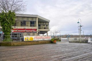 Photo 19: 111 10 RENAISSANCE SQUARE in New Westminster: Quay Condo for sale : MLS®# R2431581