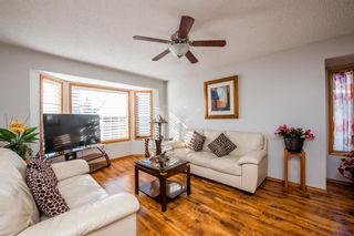 Photo 2: 25 Millbank Bay SW in Calgary: Millrise Detached for sale : MLS®# A1072623