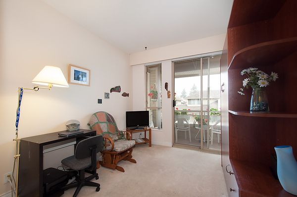 """Photo 23: Photos: # 311 3755 W 8TH AV in Vancouver: Point Grey Condo for sale in """"THE CUMBERLAND"""" (Vancouver West)  : MLS®# V1040579"""