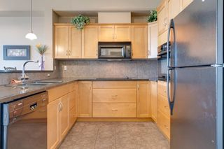 Photo 4: 409 3111 34 Avenue NW in Calgary: Varsity Apartment for sale : MLS®# C4301602