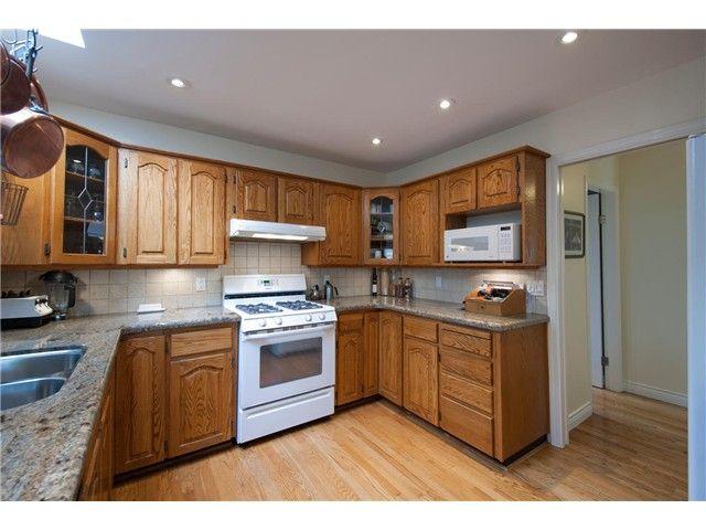 "Photo 3: Photos: 15515 BUENA VISTA Avenue: White Rock House for sale in ""Vista Hills"" (South Surrey White Rock)  : MLS®# F1312289"