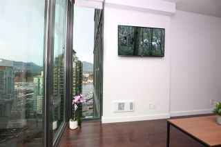 """Photo 6: 2106 1331 W GEORGIA Street in Vancouver: Coal Harbour Condo for sale in """"THE POINTE"""" (Vancouver West)  : MLS®# R2555682"""
