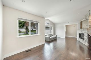 Photo 3: 6202 187B Street in Surrey: Cloverdale BC House for sale (Cloverdale)  : MLS®# R2576659