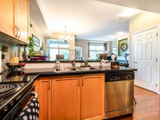 "Photo 11: 207 7333 16TH Avenue in Burnaby: Edmonds BE Townhouse for sale in ""Southgate"" (Burnaby East)  : MLS®# R2485913"