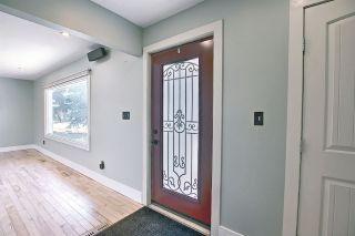Photo 2: 9211 79 Street in Edmonton: Zone 18 House for sale : MLS®# E4238935
