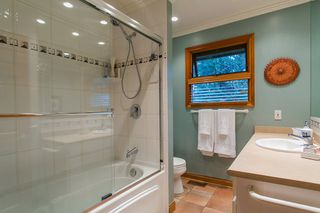 Photo 14: 1561 MERLYNN Crescent in North Vancouver: Westlynn House for sale : MLS®# R2143855