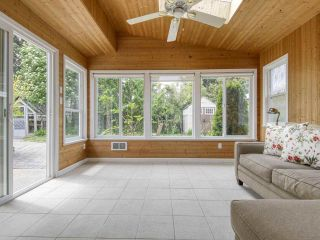 """Photo 10: 233 67 Street in Tsawwassen: Boundary Beach House for sale in """"Bounday Bay"""" : MLS®# R2455324"""