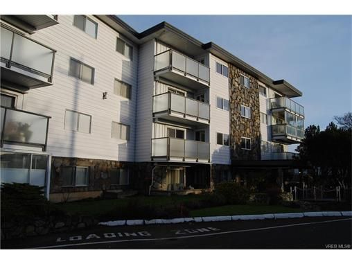 Main Photo: 208 848 Esquimalt Rd in VICTORIA: Es Old Esquimalt Condo for sale (Esquimalt)  : MLS®# 748119