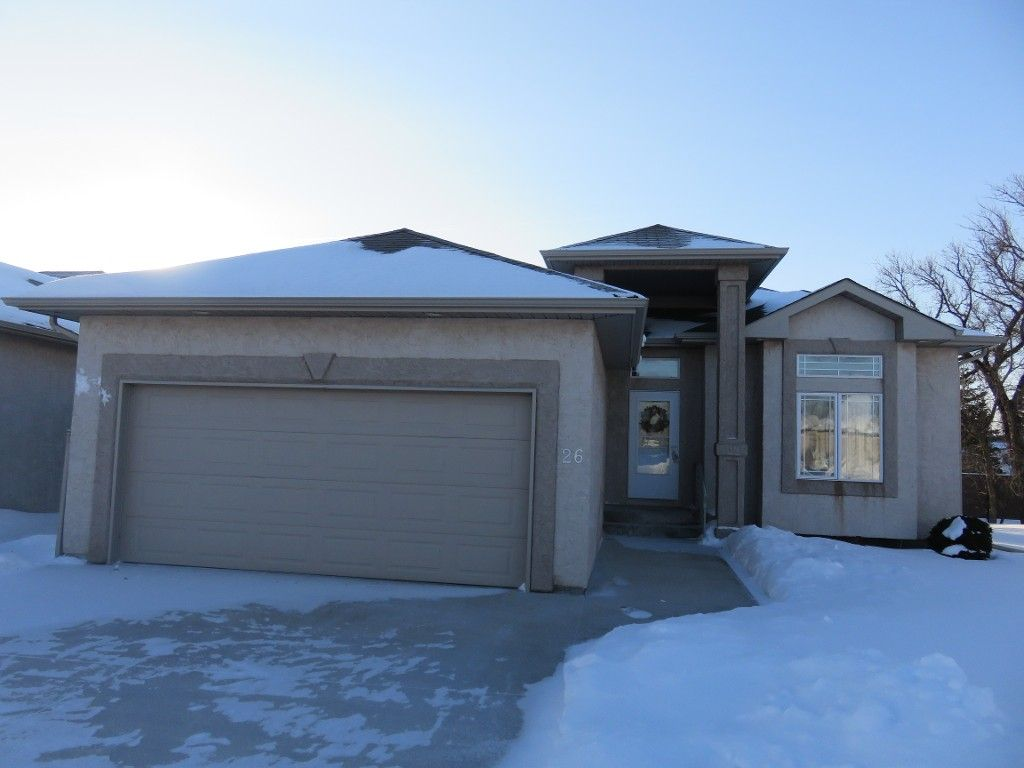 Main Photo: 26 North Plympton Village in Dugald: Single Family Detached for sale : MLS®# 1601626