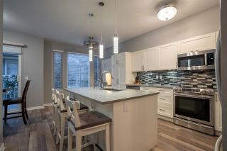 """Photo 5: 94 6575 192 Street in Surrey: Clayton Townhouse for sale in """"IXIA"""" (Cloverdale)  : MLS®# R2502257"""