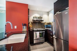"""Photo 6: 2508 2968 GLEN Drive in Coquitlam: North Coquitlam Condo for sale in """"GRAND CENTRAL II"""" : MLS®# R2603634"""
