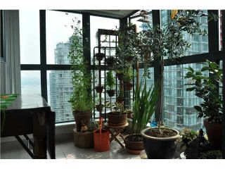 """Photo 7: 2105 1238 MELVILLE Street in Vancouver: Coal Harbour Condo for sale in """"Point Claire"""" (Vancouver West)  : MLS®# V1132813"""