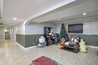 Photo 30: 1689 HECTOR Road in Edmonton: Zone 14 House for sale : MLS®# E4247485