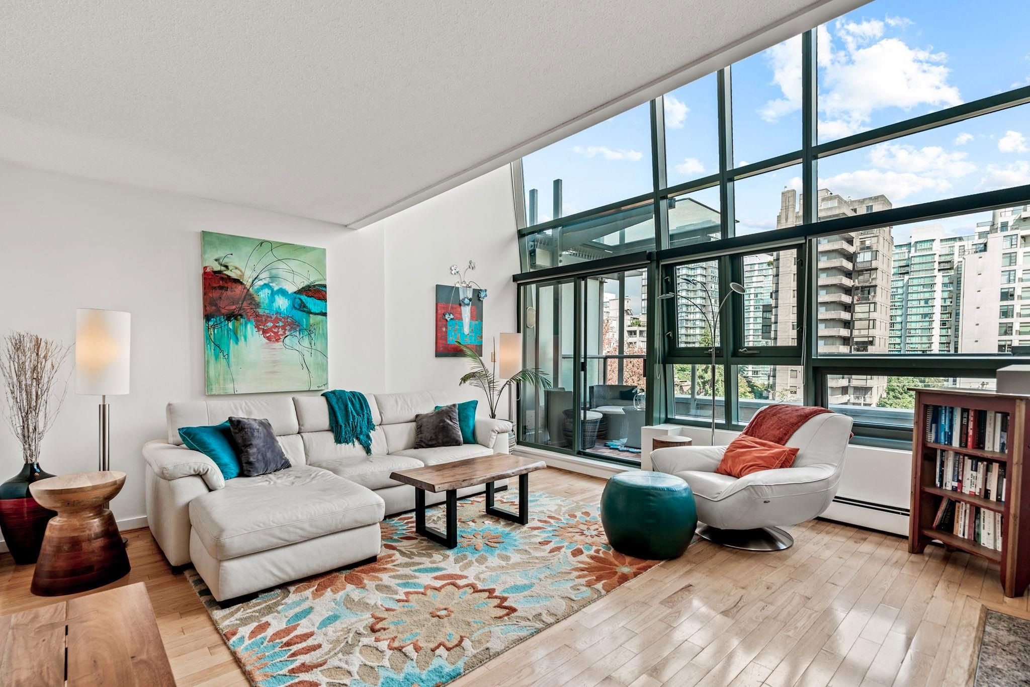 """Main Photo: PH3 1688 ROBSON Street in Vancouver: West End VW Condo for sale in """"Pacific Robson Palais"""" (Vancouver West)  : MLS®# R2617643"""