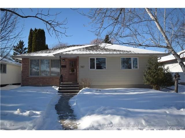 Main Photo: 747 Renfrew Street in Winnipeg: River Heights Residential for sale (1D)  : MLS®# 1702402