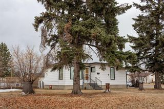 Main Photo: 901 42 Street SE in Calgary: Forest Lawn Detached for sale : MLS®# A1083425