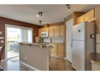 Photo 5: 463 PRESTWICK Circle SE in Calgary: 2 Storey for sale : MLS®# C3524474