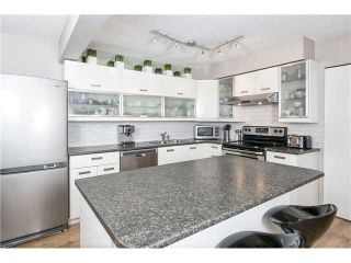 """Photo 3: 225 BALMORAL Place in Port Moody: North Shore Pt Moody Townhouse for sale in """"BALMORAL PLACE"""" : MLS®# V1050770"""